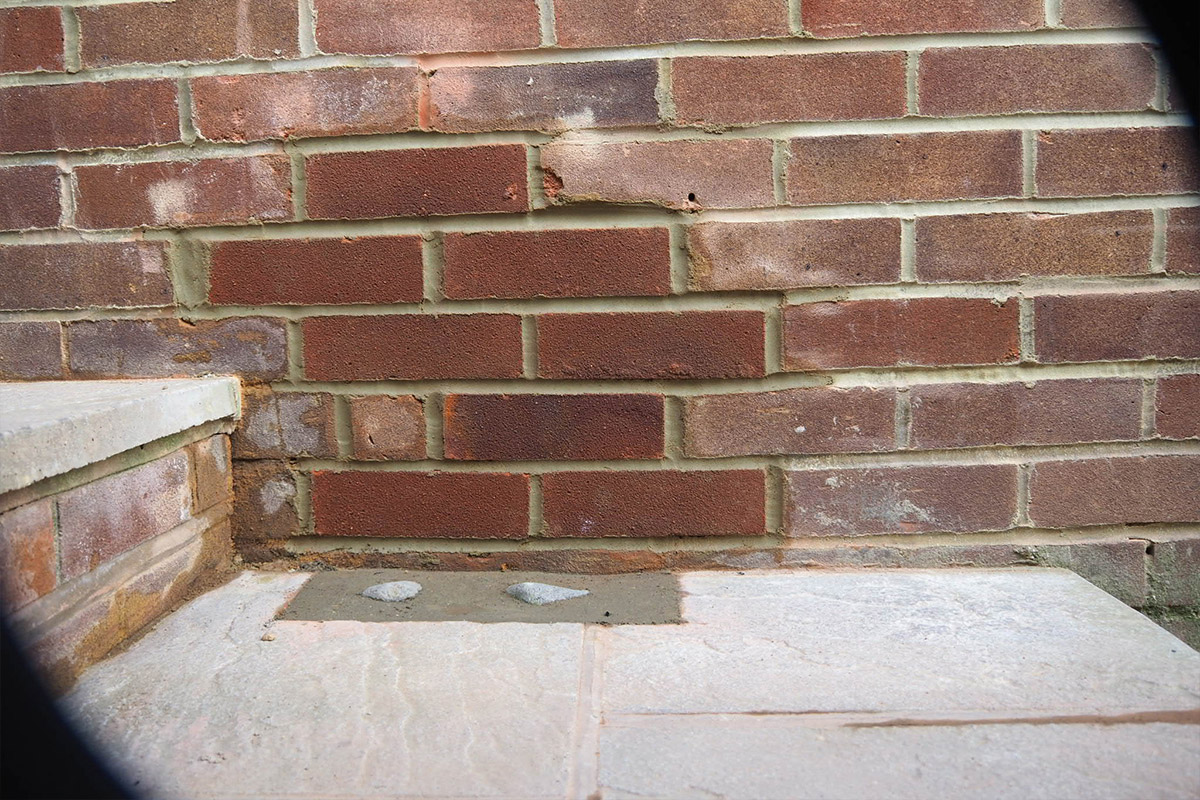 Replacement of bricks